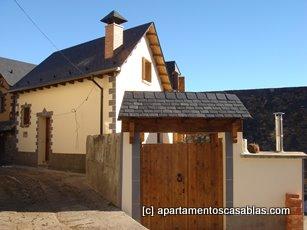 Vista exterior Apartamentos Casa Blas de Gistaín
